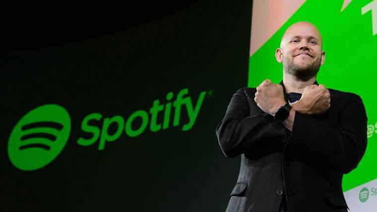 El CEO de Spotify dice a los artistas «Grabar música cada tres o cuatro años no es suficiente» y esto desata una serie de respuestas ofensivas