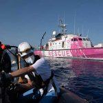 FOTOS – La última obra de Banksy es en pleno Mar Mediterráneo