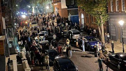 Rave ilegales se multiplican en Inglaterra antes del decreto de cuarentena nacional