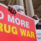 ¿MDMA, LSD y éxtasis 100% legal? Ahora es posible en este país
