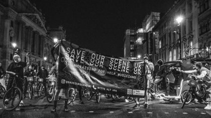 Save Our Scene   La protesta que reúne a Djs en bicicletas en las calles del Reino Unido