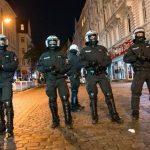 1500 personas enfrentan a la policía en un rave al norte de Alemania