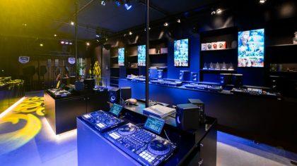 Tattoo & Dj Store | Tomorrowland inaugura su propia tienda para djs