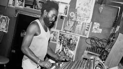 RIP Lee Perry: Desde Beastie Boys hasta Prodigy han homenajeado al pionero del Dub