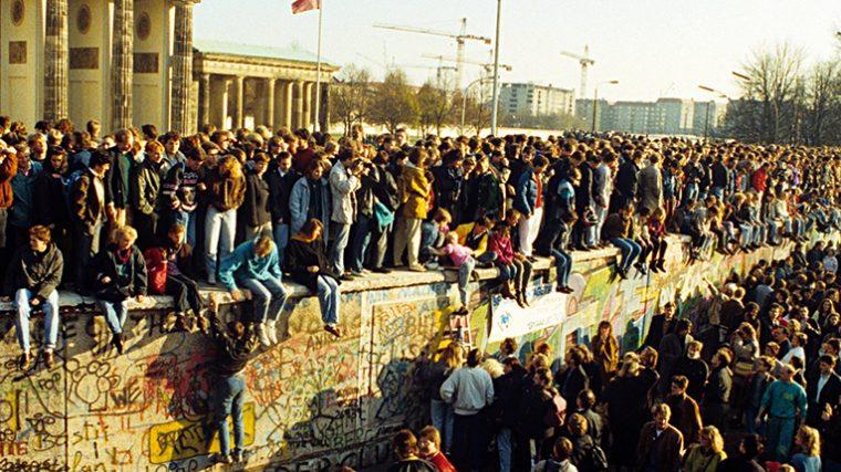 Muro de Berlín: cómo el techno unió a Alemania en el dancefloor